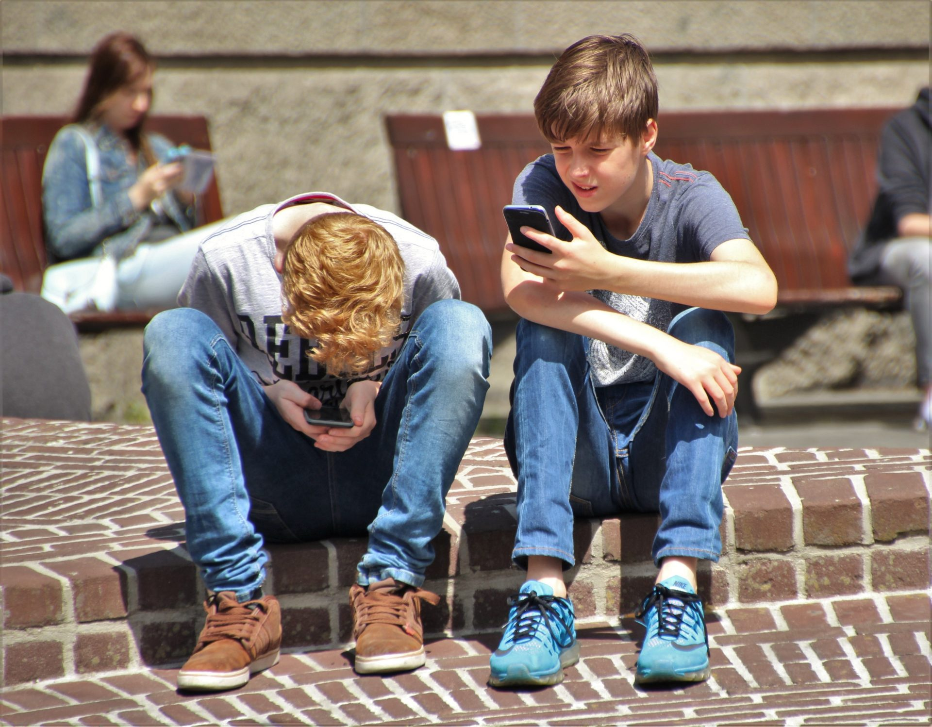 Why Teens Should Set Boundaries with Technology